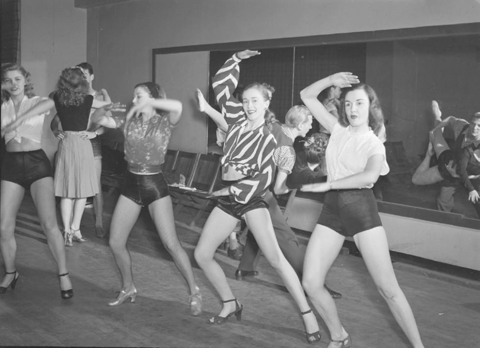 Kvinner på danseøving i New York i 1947