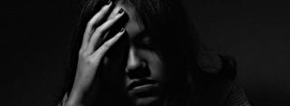 Bilde av deprimert kvinne. Foto: Anh Nguyen / Unsplash