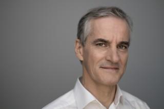 FOR MYE KONTROLL: AP-leder Jonas Gahr Støre mener dokumentasjons- og kartleggingskravene har gått for langt i psykisk helsevern. Foto: Pål Laukli